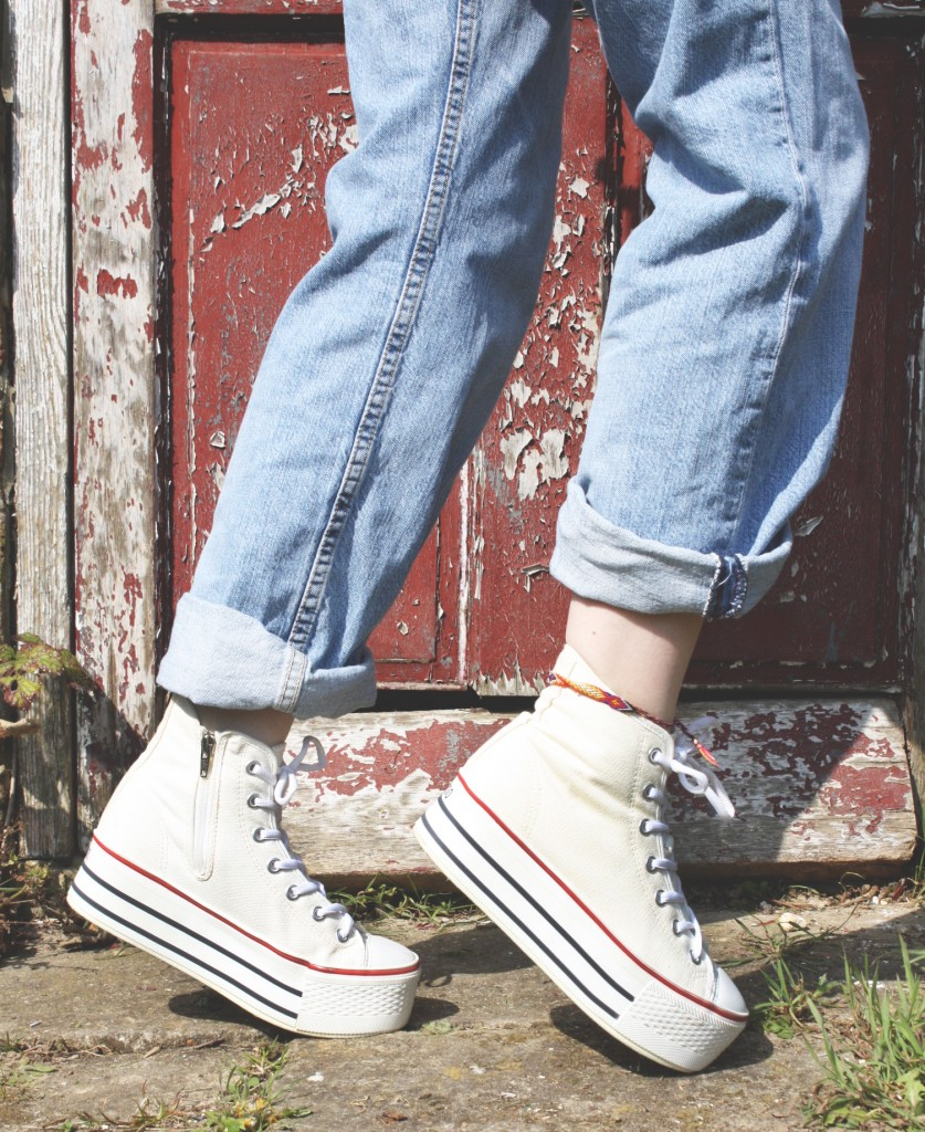 Platform sneakers and mom jeans