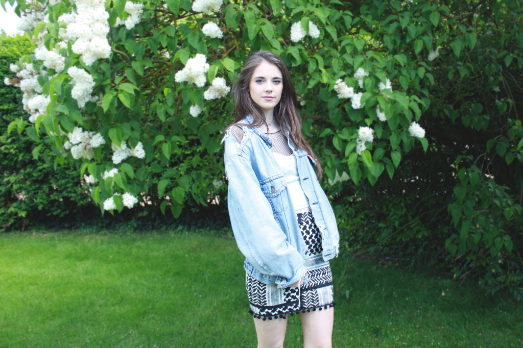 Denim jacket outfit 1